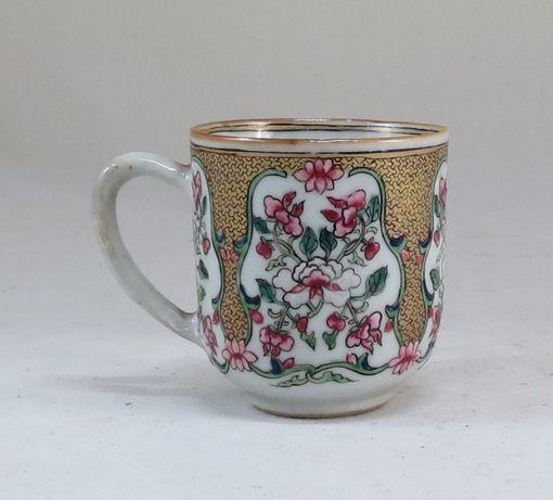 Chávena café Porcelana Chinesa Familia Rosa; Período Yung cheng