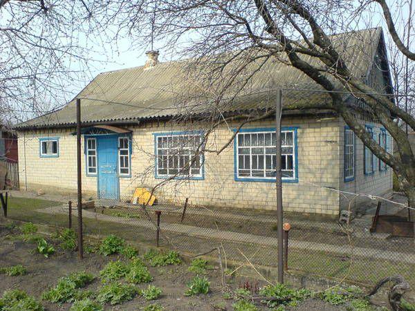 Капитальный дом с уч. 0,5 га возле р. Днепр, Войсковое