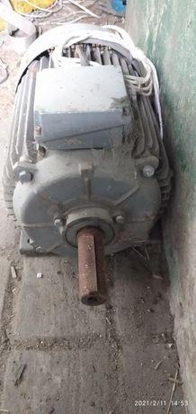 Silnik elektryczny 15kw dwa biegi