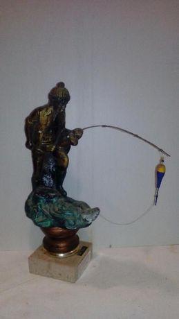 """Troféu """"Pescador à boia"""""""