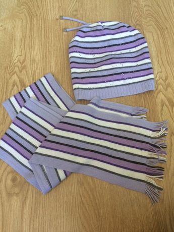Шапка демисезонная и шарф
