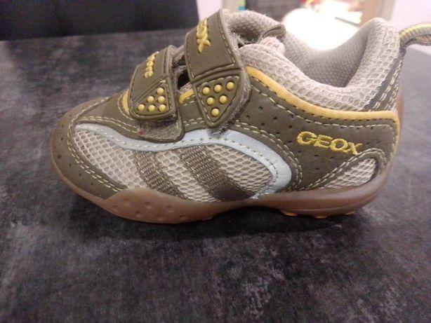 Buty chłopięce Geox rozmiar 21
