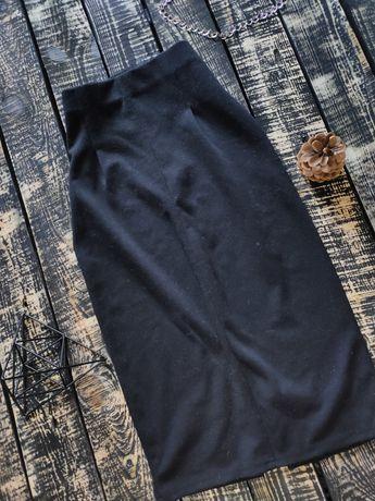 Обтягивающая трикотажная юбка