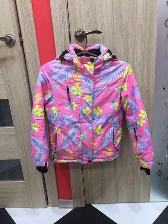 Продам горнолижну куртку