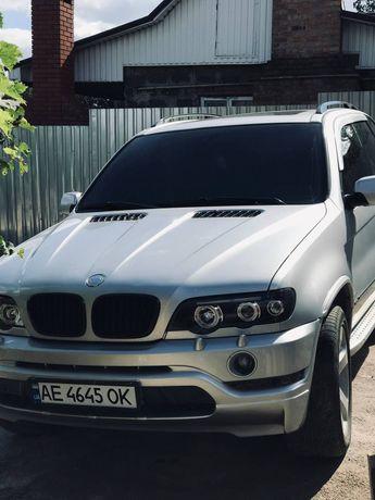 BMW X5 автомобиль