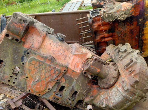 Мост  ДТ- 75с коробкой ,  мотор СМД 22