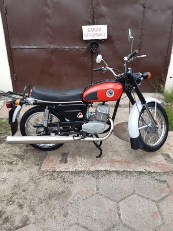 Wsk 1982 Kobuz M21
