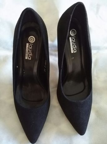 Sapato tipo camurça 37 (NOVO)