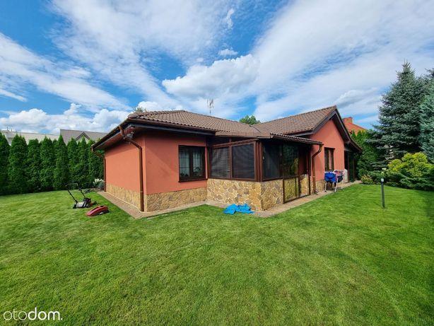 Klimatyczny, kompaktowy dom na Białołęce