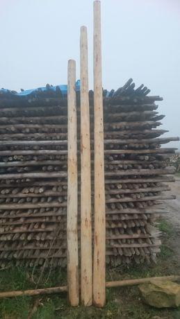 Słupki ogrodzeniowe drewniane Palisady do rusztowań