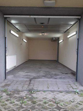 Wynajmę garaż 20m2 ogrzewany z dwoma miejscami przed nim
