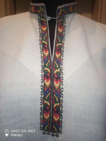 Старовинна чоловiча сорочка вишиванка з домотканного полотна