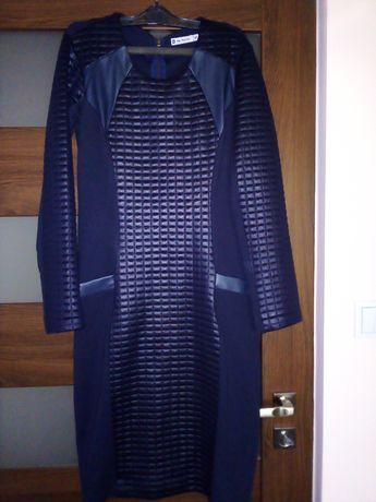 Nowa sukienka De Facto