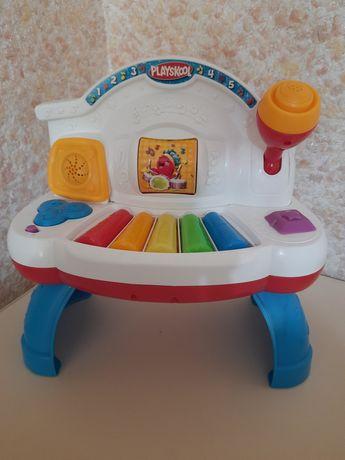 Розвиваючі іграшки,музикальні,піанино Playscool
