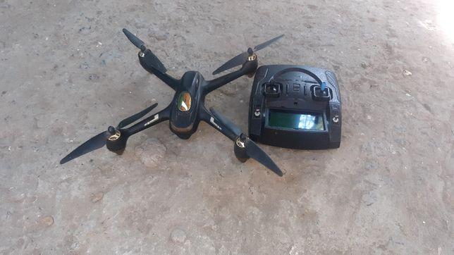 Продам квадрокоптер Hubsan 501H