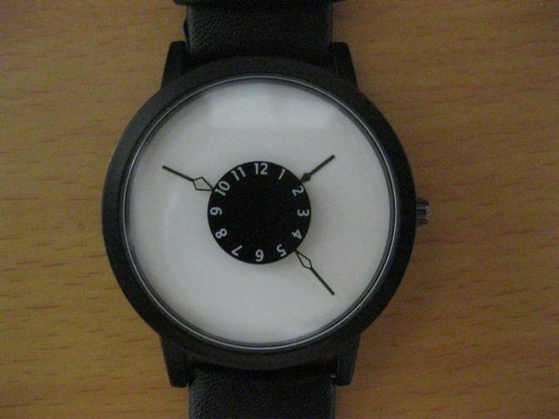 Оригинальные женские часы