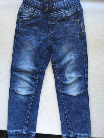 Dzinsy, jeansy dziecięce rozmiar 110, firmy Smyk- sprzedam