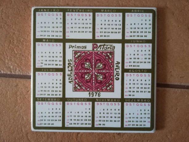 Azulejo calendário 1976 - P Vitória