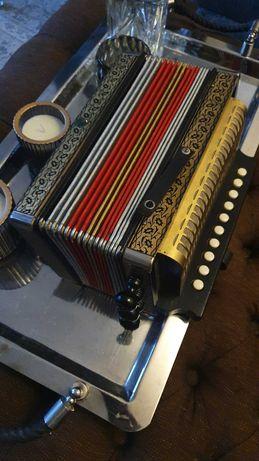 M.HOHNER akordeon