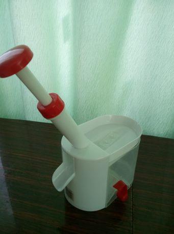 Вишне-чистка , машинка для удаления косточек из вишни