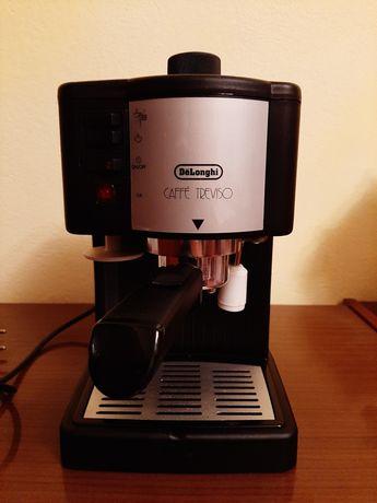 Ekspres do kawy De Longi