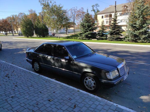Mercedes-Benz E-260 W124