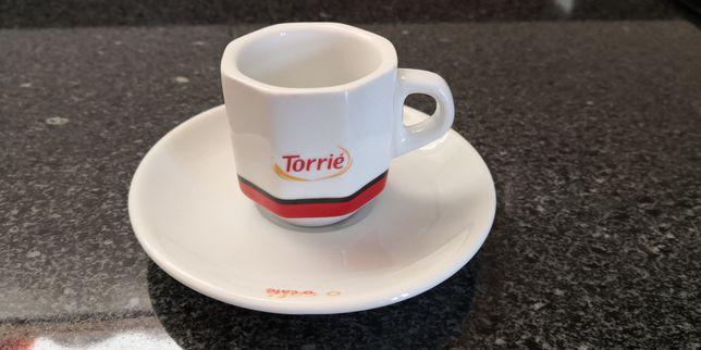 Chávena e Pires Torrié