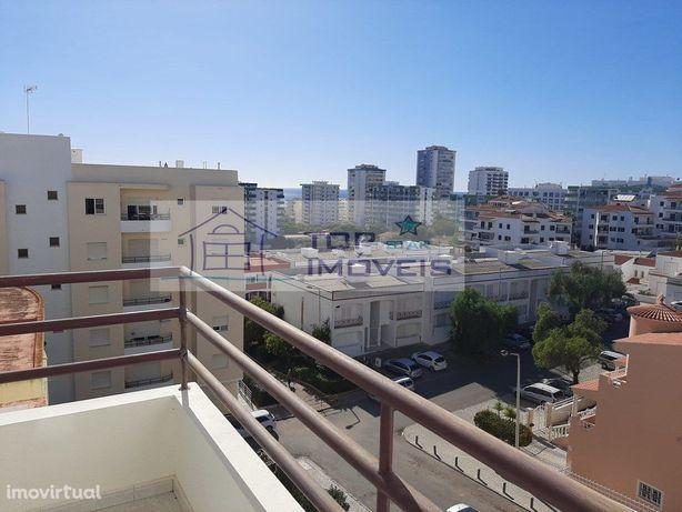Apartamento T2, em Quarteira
