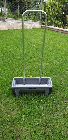 Siewnik do trawy