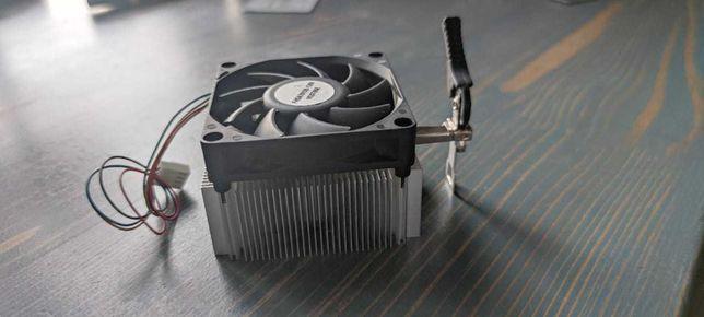 Продам кулер для охлаждения процессора AMD