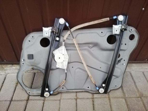 Volkswagen Golf 4 IV podnośnik mechanizm szyby lewy przód