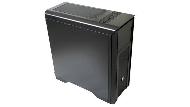 Części komputerowe SilentiumPc,4 rdzenie, Geforce Gtx 670, 2Tb dysk