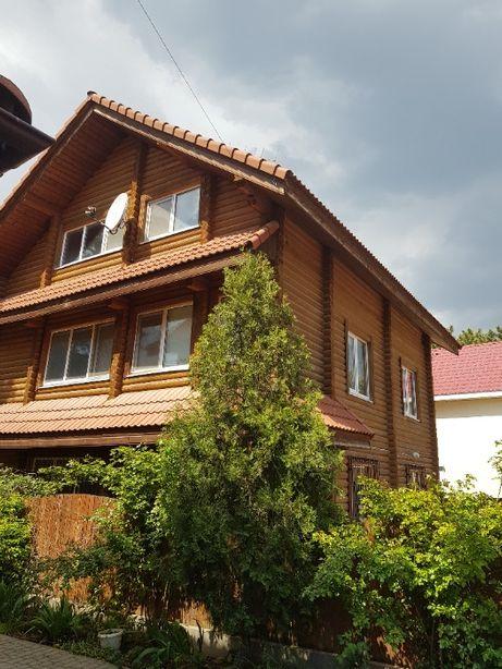 Сдам 3-х этажный дом в Коблево