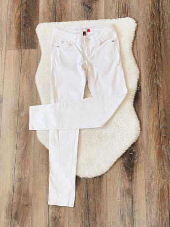 EDC Esprit: Białe klasyczne spodnie rurki proste jeansowe rozm XS