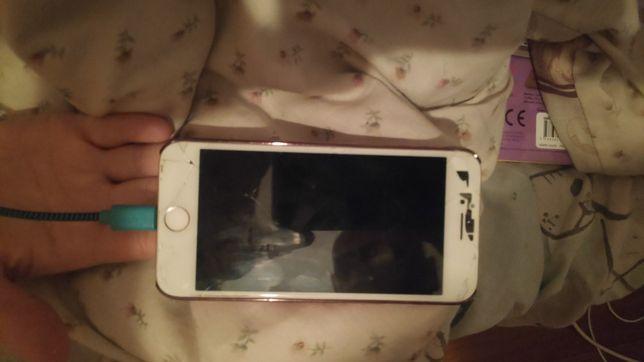 iPhone 7 32gb rose gold uszkodzony ekran / sprawny