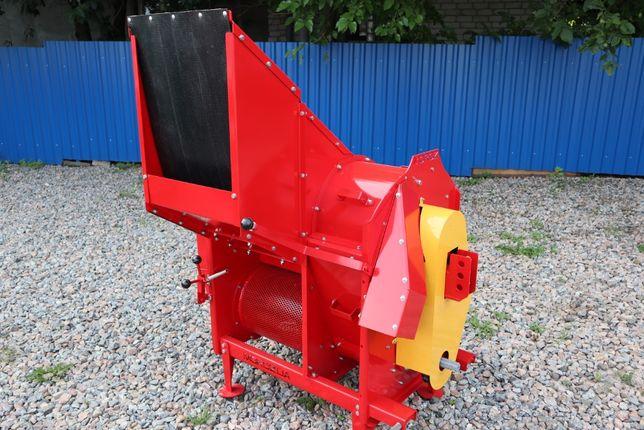 Тыквоуборочный навесной комбайн MOROZ от производителя.