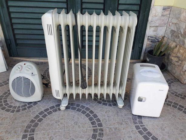 Aquecedor eléctrico e mini frigorífico