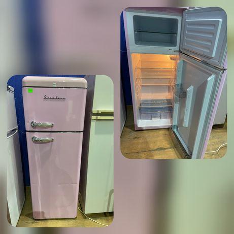 Холодильник Двокамерний в ідеальному стані клас А++