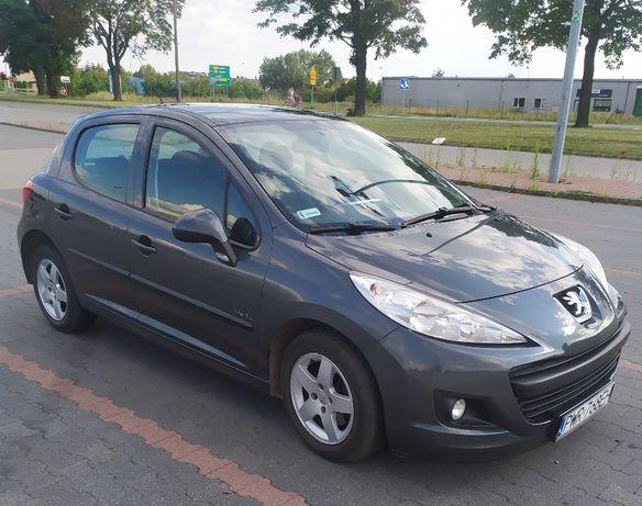 Sprzedam Peugeot 207 1.4, benzyna