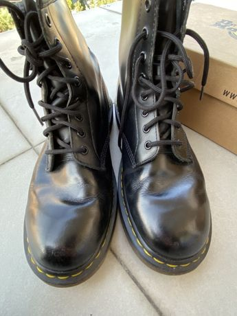 Dr. Martens martensy glany botki 1460 trapery buty długie jesienne