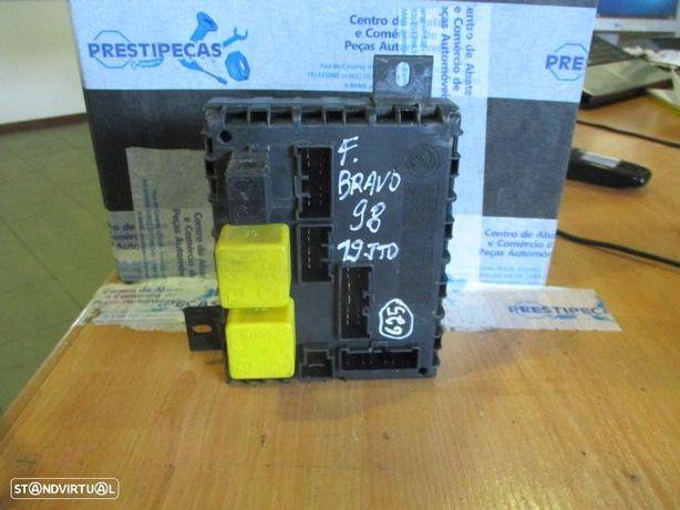 Caixa fusiveis 46533389 FIAT / BRAVO / 1998 / 1.9JTD /