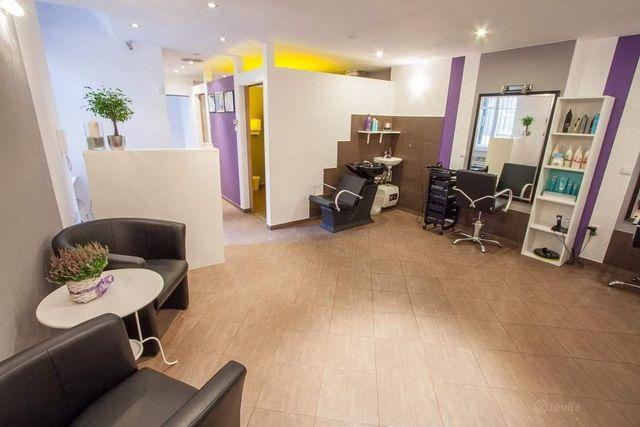 Salon kosmetyczno-fryzjerski w pełni wyposażony ,niski czynsz,centrum