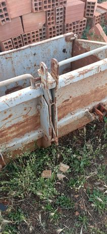 Caixas para tractor agrícola