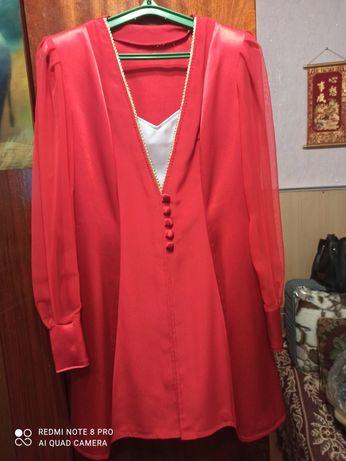 Продам красивое красное платье р.46-48