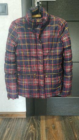Продам женскую куртку Colins р. S !