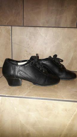 Бальні шкіряні туфлі