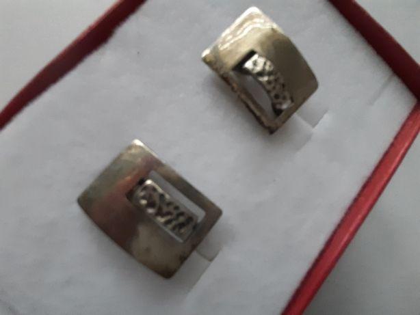 Ładne srebrne kolczyki