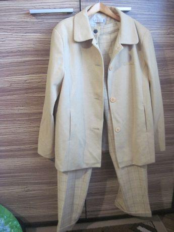 Шикарный костюм для девочки, р.140