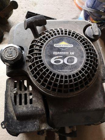 Silnik spalinowy do kosiarki