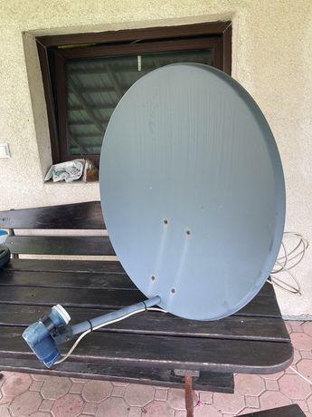 Antena satelitarna z uchwytem i konwerterem